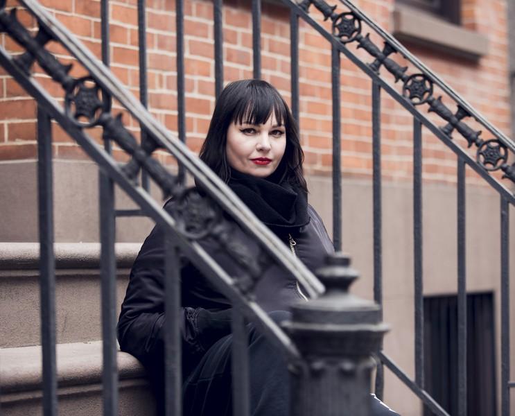 Vivian Host